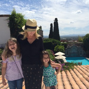 Mary-Randolph, Elizabeth-Lee, and Lettie Tarkington in San Miguel de Allende